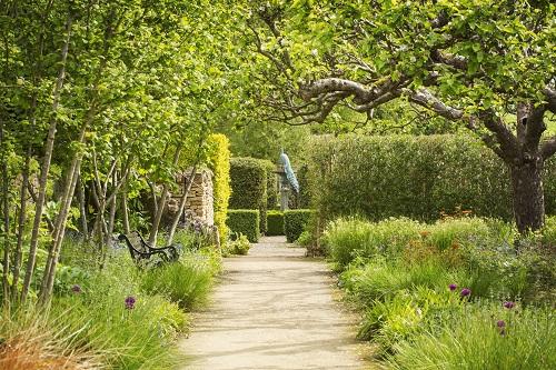 Conseils d'achat d'abris de jardin à Grasse